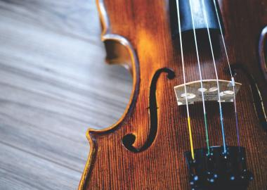 a closeup of a violin